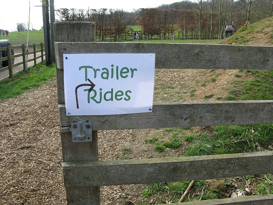trailer ride sign